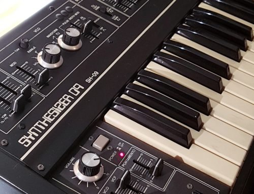 Roland SH-09 analog monophonic synthesizer