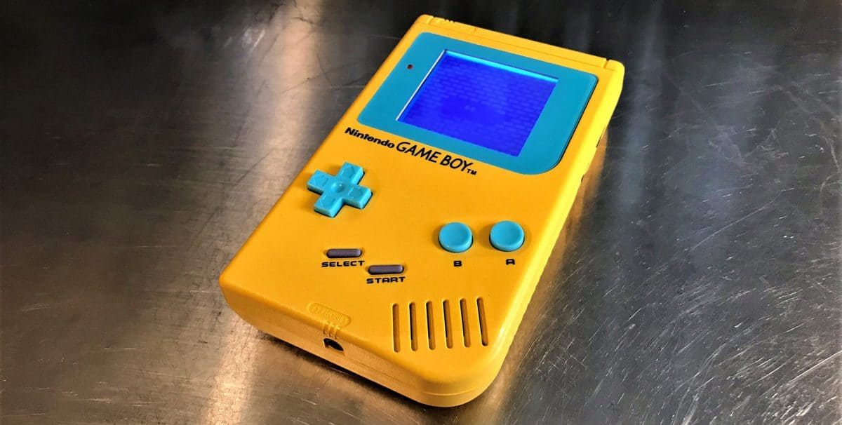 Game Boy DMG-01 modded yellow and cyan